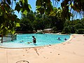 Camping Pont'd Avignon Pool - panoramio.jpg