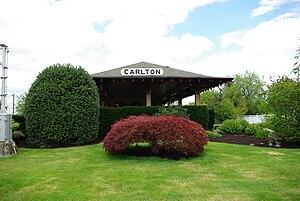 English: Former train depot in Carlton, Oregon.