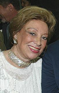 Carmélia Alves singer