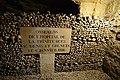 Catacombes de Paris (22267893139).jpg