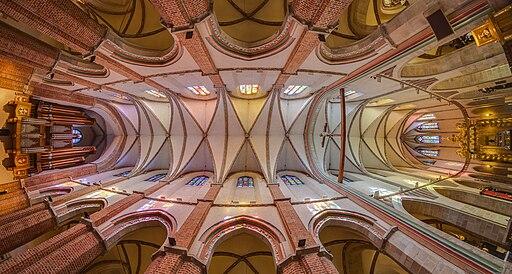 Catedral de Gniezno, Gniezno, Polonia, 2014-09-17, DD 19-21 HDR