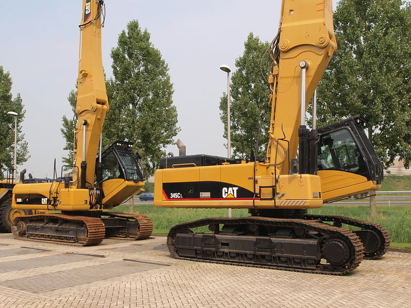 File:Caterpillar 345CL & 330DL.JPG