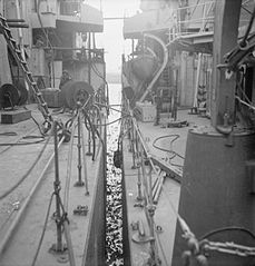 Cecil Beaton Photographs- Tyneside Shipyards, 1943 DB242.jpg