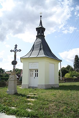 Chapel in Arneštovice, Pelhřimov District.jpg