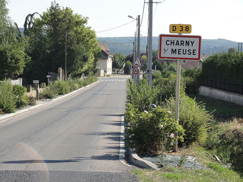Charny-sur-Meuse (Meuse) city limit sign
