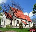 Chotel Czerwony church 20060503 1409.jpg