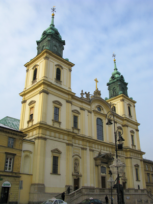 Church of Holy Cross in Warsaw.PNG