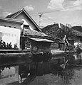 Collectie NMvWereldculturen, TM-20000913, Negatief, 'Oude Chinese huizen aan de Jalan Pekojan', fotograaf Boy Lawson, 1971.jpg