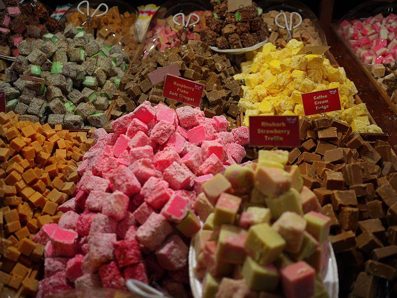 File:Colourful Fudge (8225742806).jpg