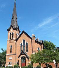 Congregational United Church of Christ (Iowa City, Iowa) - cropped.jpg