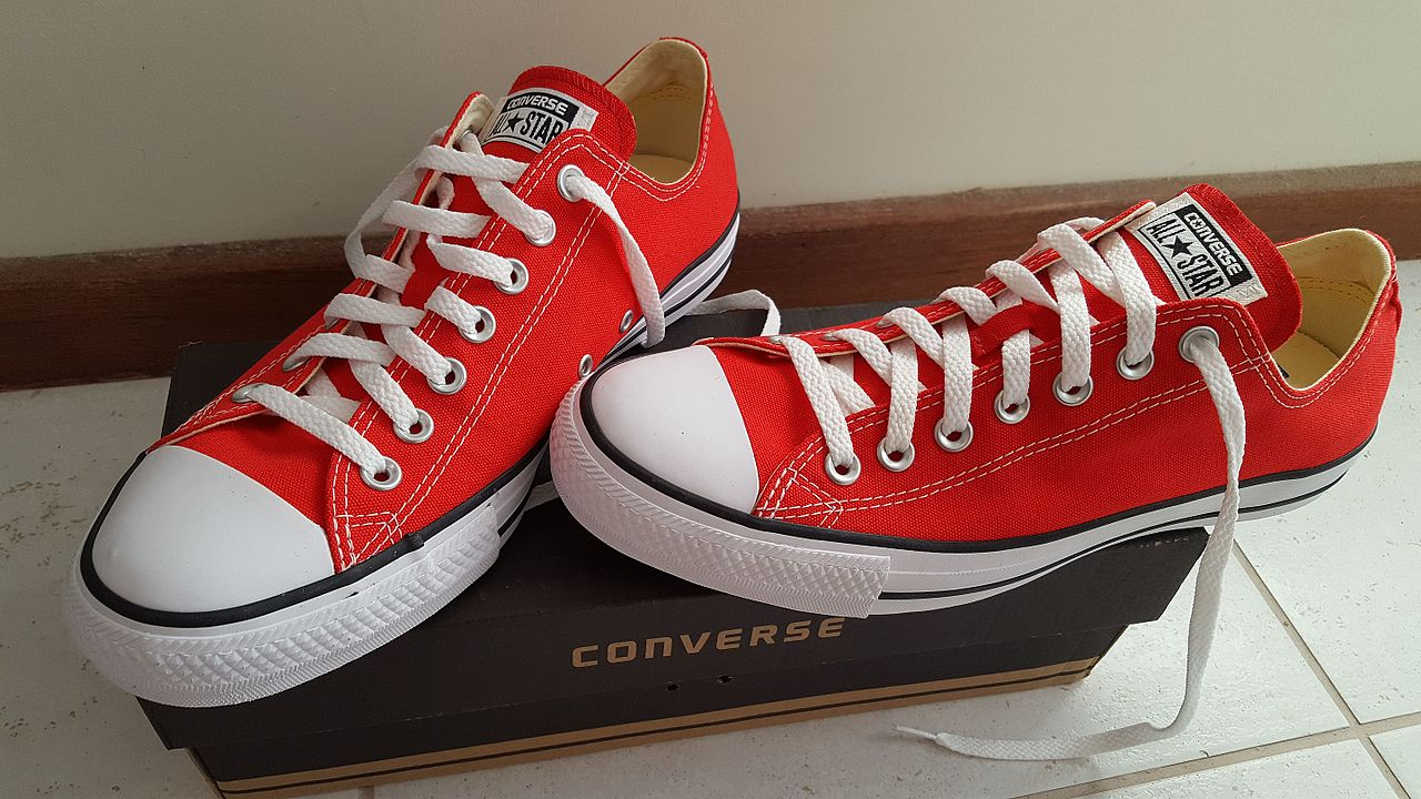 4a5a4b30ea959e File Converse All Star low top red.jpg - Wikimedia Commons