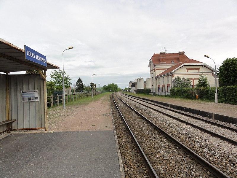 Coucy-lès-Eppes (Aisne) la gare SNCF