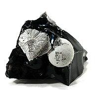 Cristobalite-Fayalite-40048.jpg