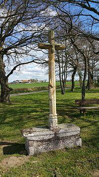Croix des Âges - Aurignat.jpg