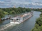 Cruise ship Viking VE in Bamberg MD Kanal 17RM0108.jpg