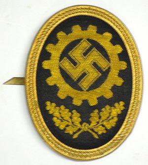 German Labour Front - A DAF Mützenabzeichen (hat badge).