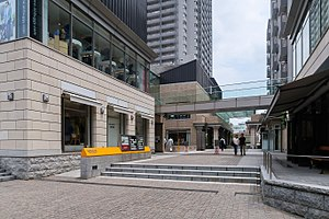 Daikanyama Address retail complex 201805.jpg