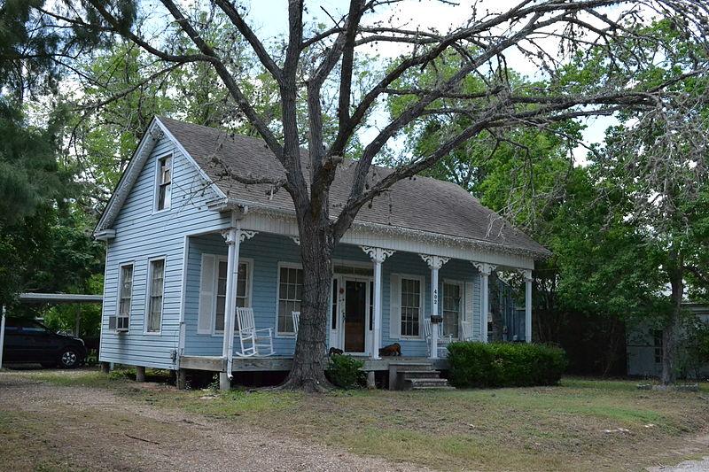 File:Dane Wittenbert House, Cuero, Texas.JPG