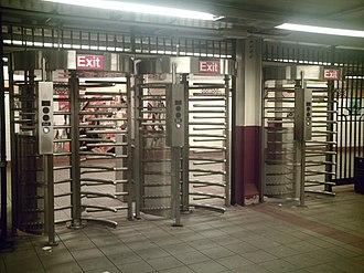 DeKalb Avenue (BMT Fourth Avenue Line) - HEET turnstiles