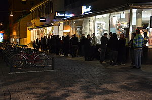 Diablo III - People queuing for the release in Uppsala, Sweden