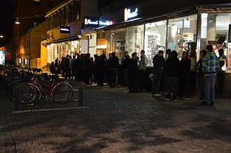 Diablo III - People queuing for the release in Uppsala, Sweden
