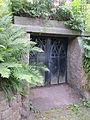 Die Gruft der Familie Christiansen (Alter Friedhof, Flensburg).JPG