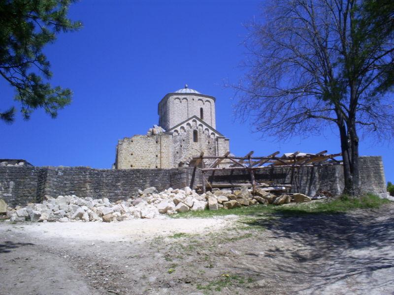 Srpske baštine 800px-Djurdjevi_stupovi