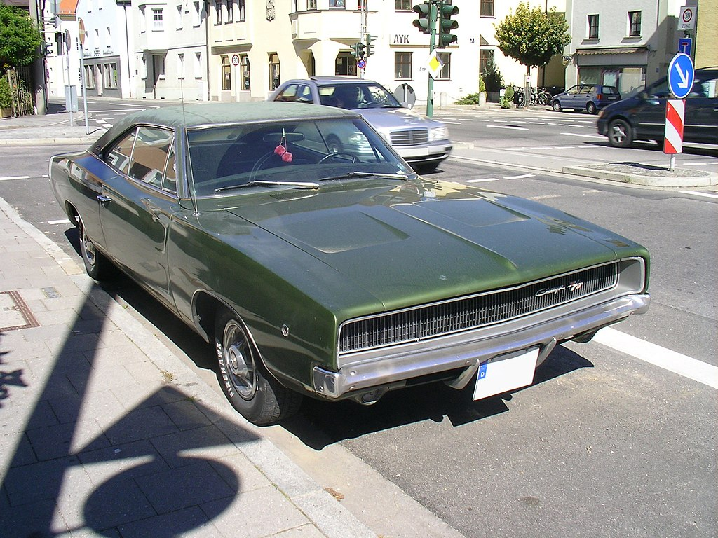 1024px-Dodge_Charger_RT_1968.Front.jpg