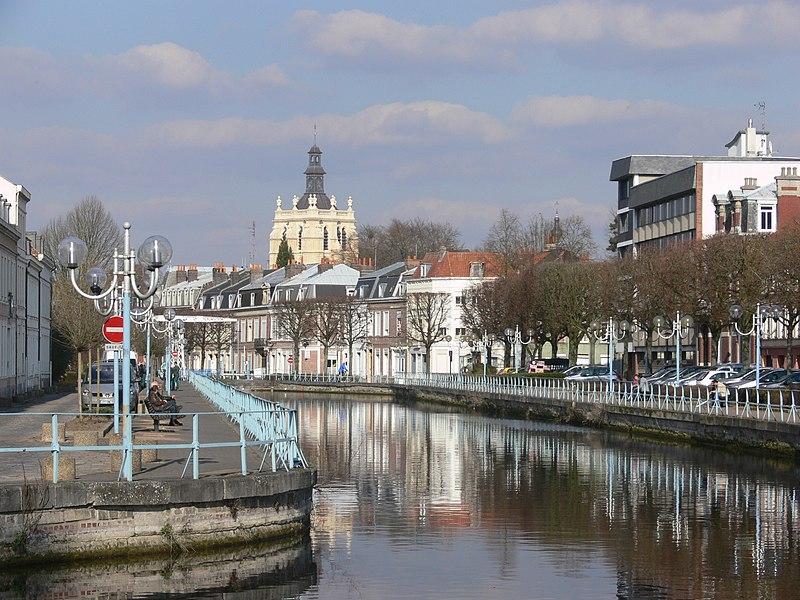 File:Douai - Scarpe et clocher de la collégiale Saint-Pierre.JPG