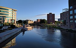 Downtown Sioux Falls from 6th St Bridge overlooking Big Sioux River.jpg