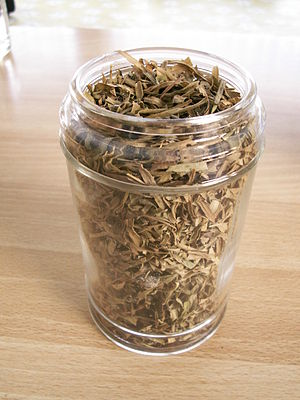 Tarragon - Dried tarragon leaves