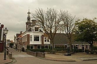 Lawrence Alma-Tadema - Lourens Alma Tadema's birth house and statue in Dronrijp, Netherlands