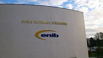 École nationale d'ingénieurs de Brest - Former logo near entrance