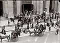 Easter Parade St Patrick's Cathedral 1911.jpg
