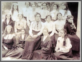 Edith Aitken - Ms. Edith Aitken with pupils in 1903