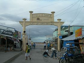 Entrance to ferry terminal Abra de Ilog.JPG