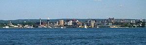 Erie, Pennsylvania - Image: Eriesky 2