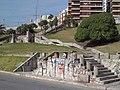Escalinatas de acceso a Playa Bristol.jpg