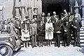 Esküvői csoportkép, 1946 Budapest. Fortepan 104679.jpg