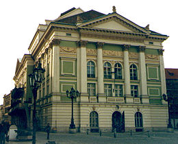 Estates Theatre, Prague cropped.jpg