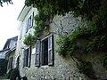 Esterno della casa dove ha vissuto Jean-Jacques Rousseau - panoramio (1).jpg