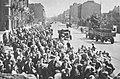 Ewakuacja ludności Warszawy po kapitulacji powstania warszawskiego 1944f.jpg