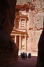 الأردن 150px-Exiting_the_Siq_Petra