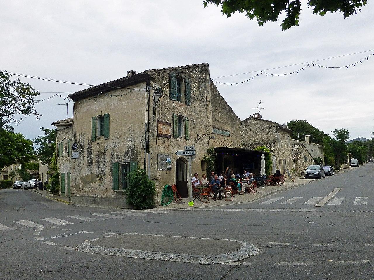Caf Du Rhone Vivier Merle Adresse