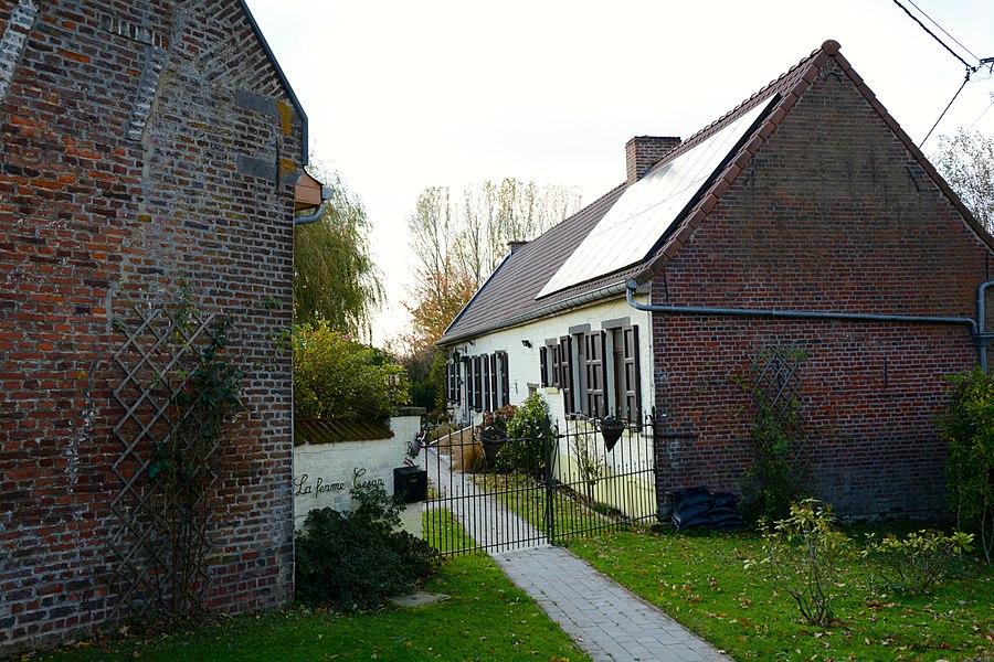 Weekeindhuis, Eysbroeckstraat 8, Sint-Pieters-Kapelle