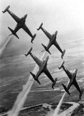 "140th Wing - ""Minutemen"" aerobatics team with F-80Cs, 1956"