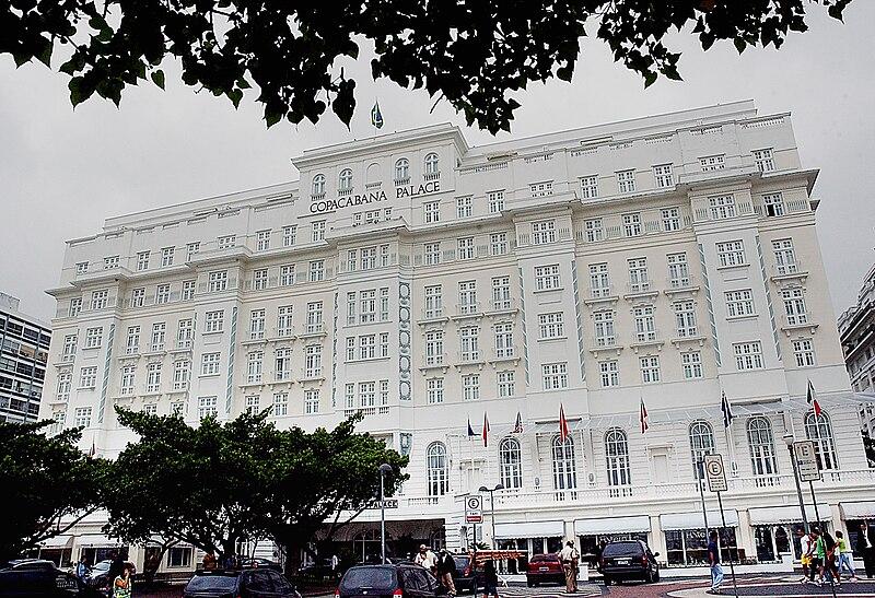 Ficheiro:Fachada do Copacabana Palace.jpg