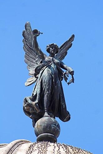 Victoria Monument, Liverpool - Image: Fame statue, Liverpool Victoria Monument