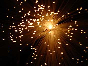 English: Fiber optic