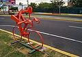 Figura de ciclistas en hierro IV.jpg